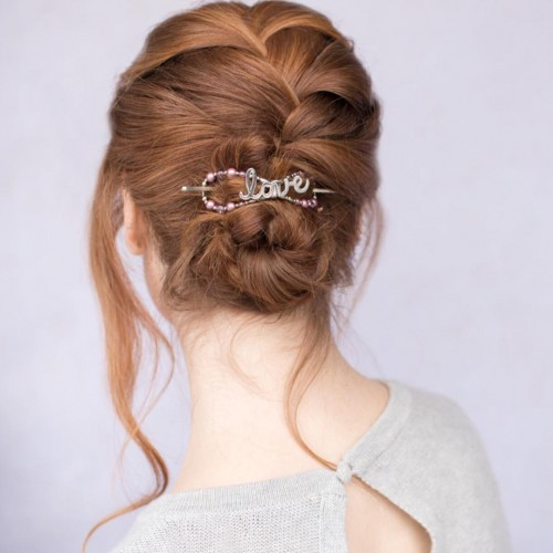 Intricate Twisting and Bun