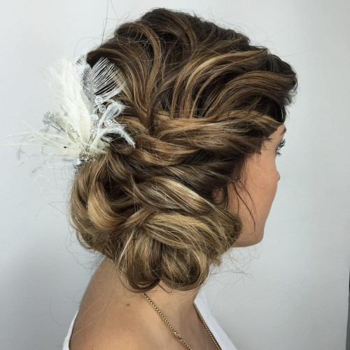 Low Side Textured Chignon