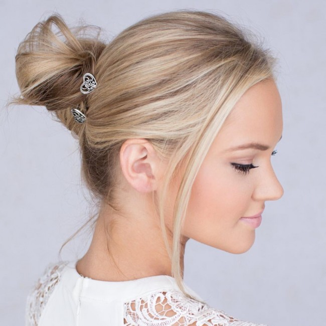 Low Tone Hair Bun