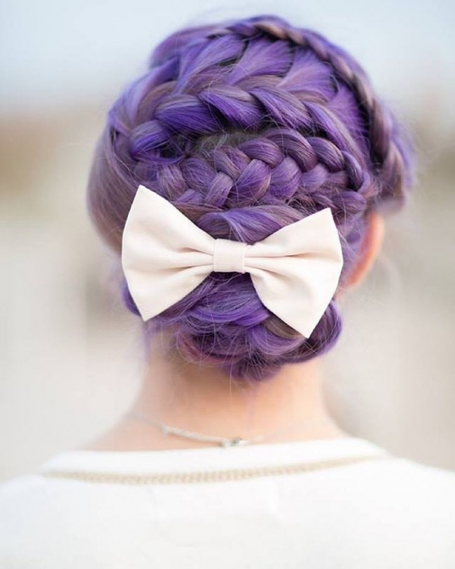 Neat Zigzag Braid with a Bow and Bun