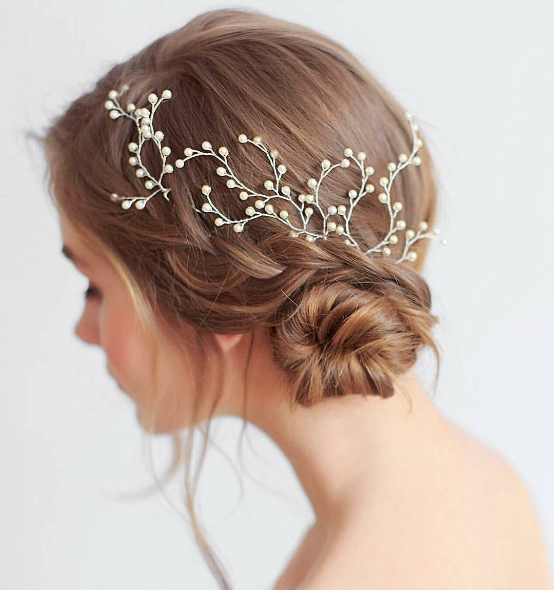 30 Trendy Cute Updos for a Classy Woman — Hairstylezz
