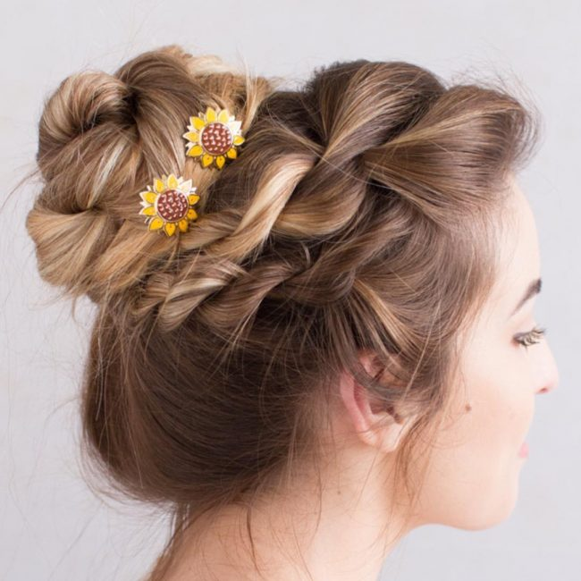 Chunky and Messy Bun with Sunflower U-pins