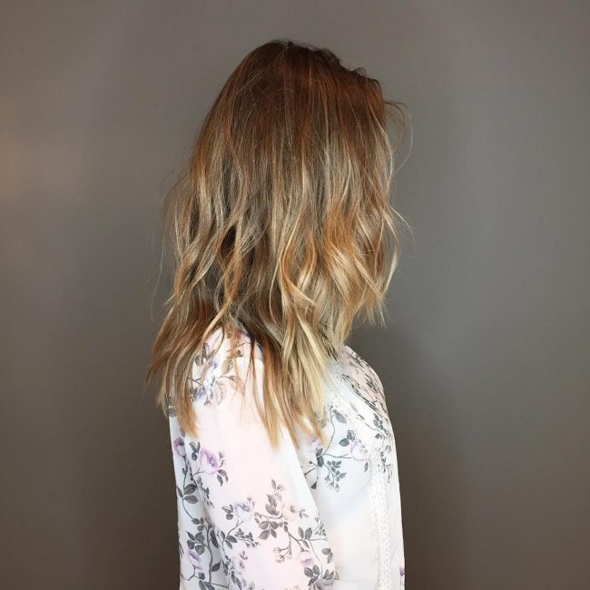 Effortless and Sexy Bronde Hair