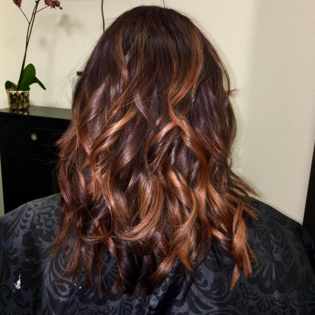 Highlighted and Layered Beach Waves