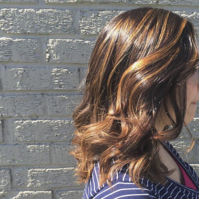 Polished and Highlighted Soft Curls