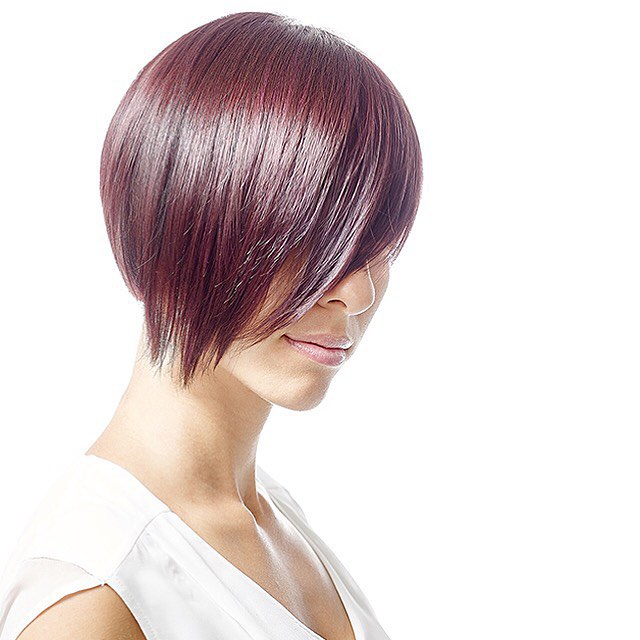 Smooth and Chic Pixie Cut