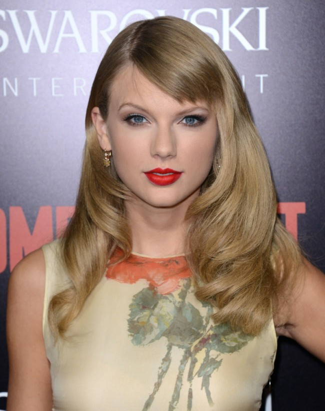 Taylor Swift Smooth Layers