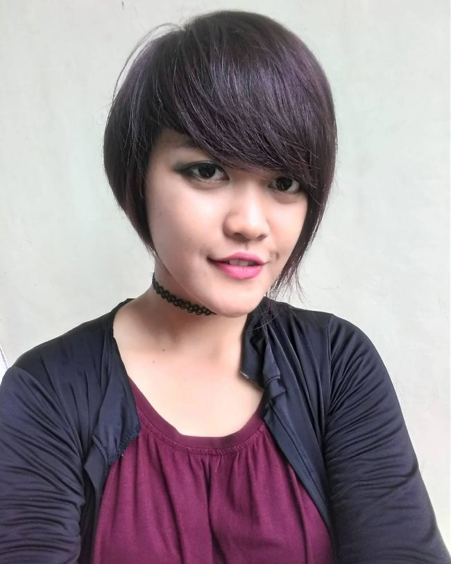 Cropped Pixie Cut with Soft Burgundy Tone