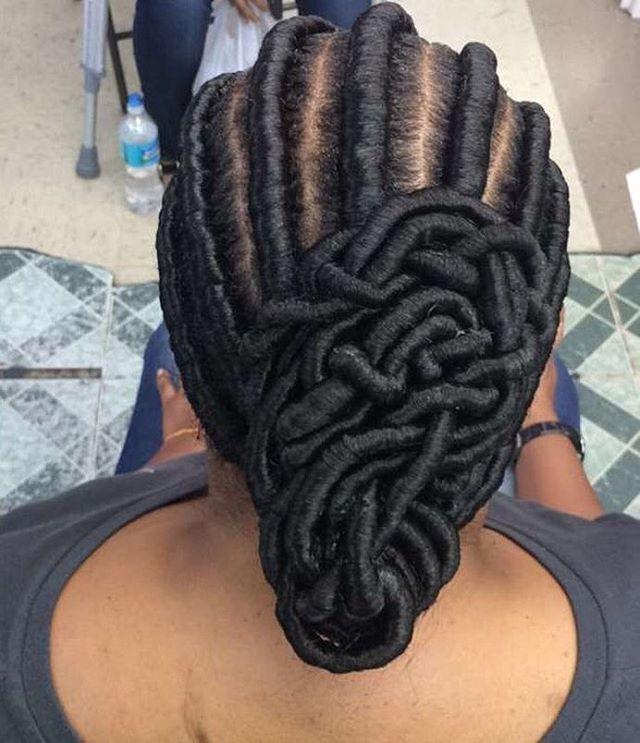 Kinky Ghanaian Twists