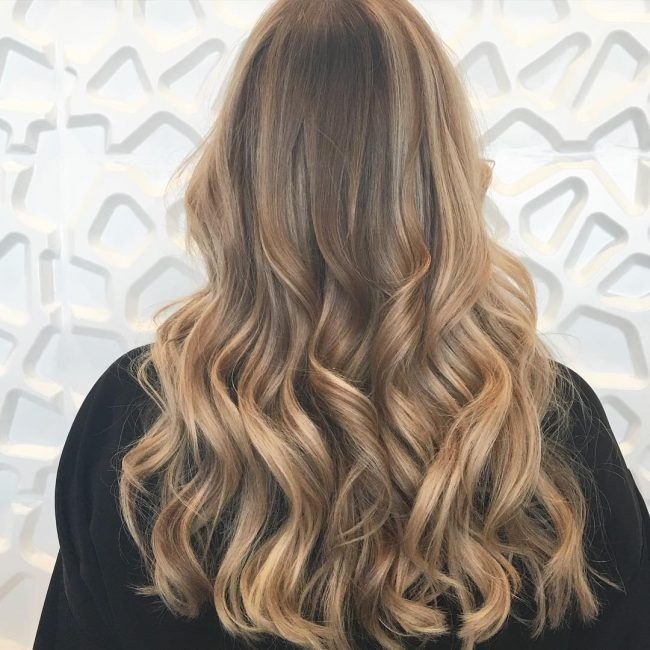 Loose Curls with Voluminous Bangs