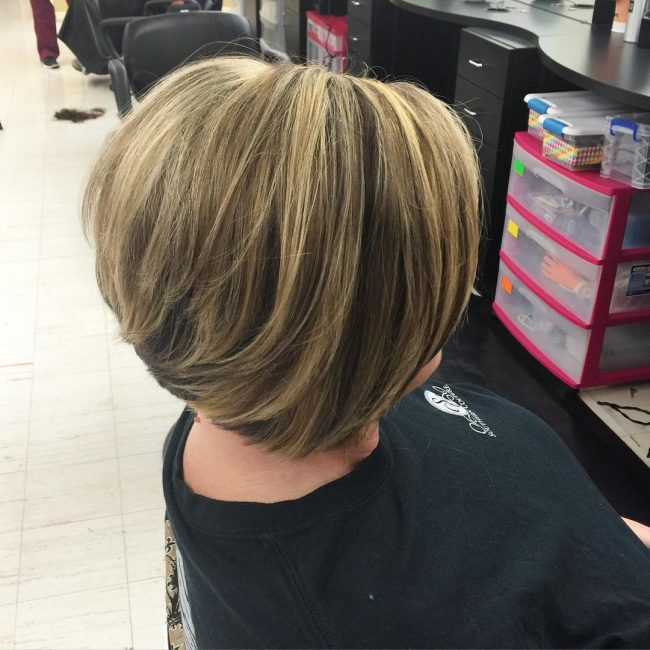 Short Angular Bob with Lowlights
