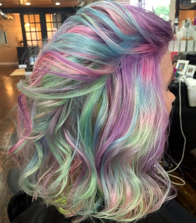 Wavy with Multi-tonal Pastels
