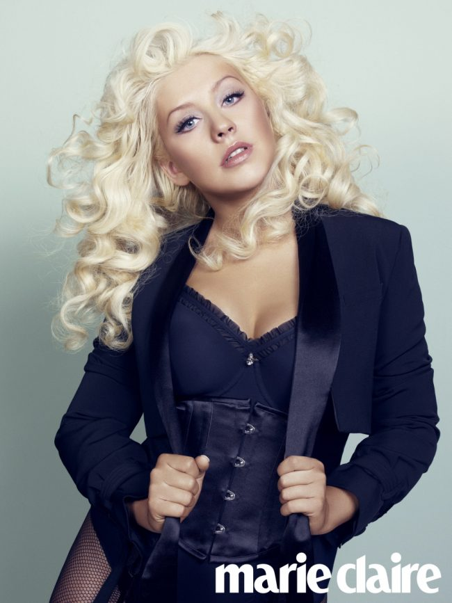 Christina Aguilera Super Blonde Curls