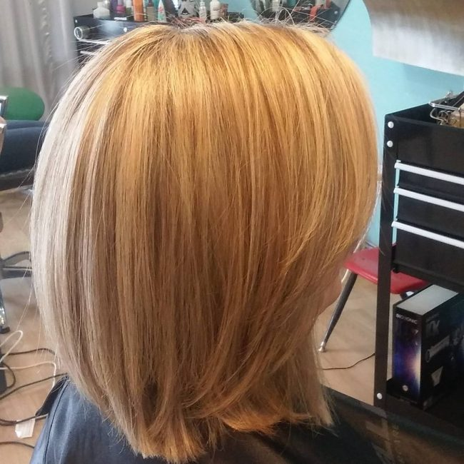 Layered Shoulder-Grazing Bob