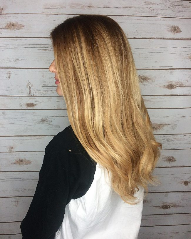 Perfect Honey Blonde Waves