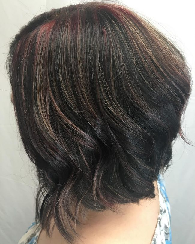 Red Highlights on Angled Beachy Hair