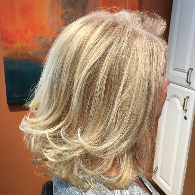 Stunning Blondie Locks with Flipped Ends