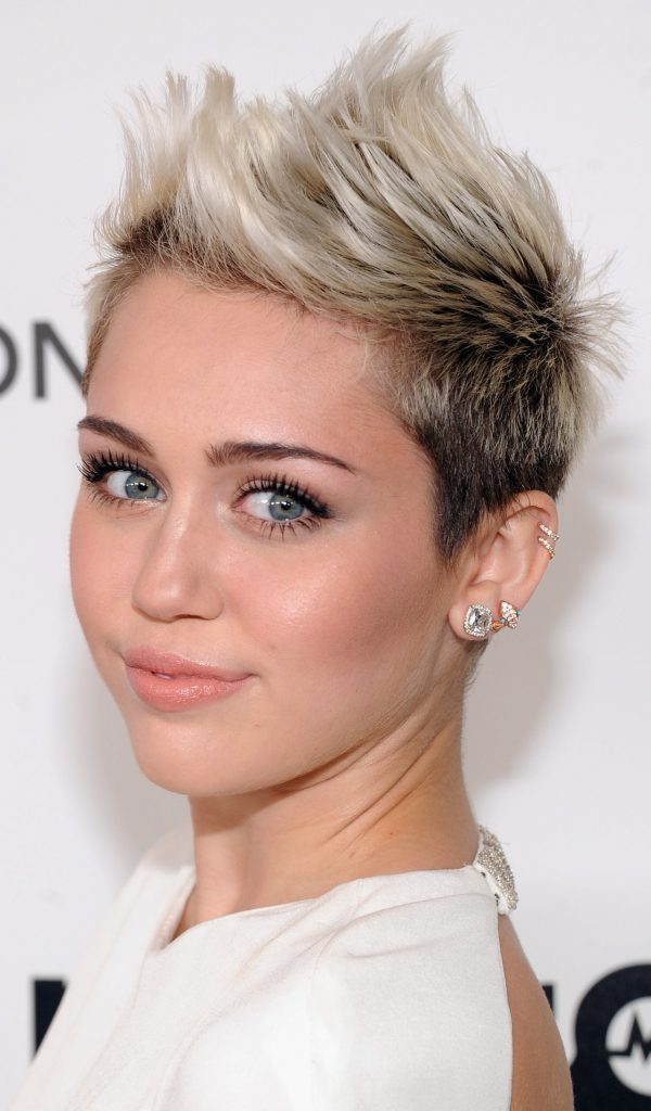 Trendy Swept Up Locks For Miley Cyrus