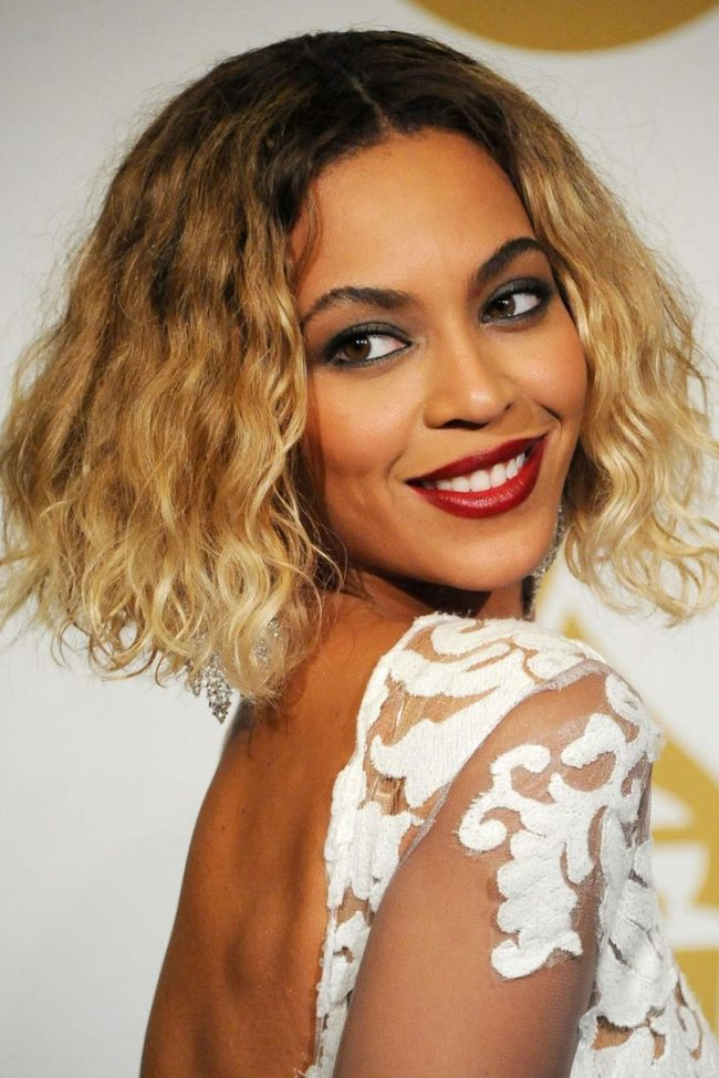 Beyoncé Girly Waves