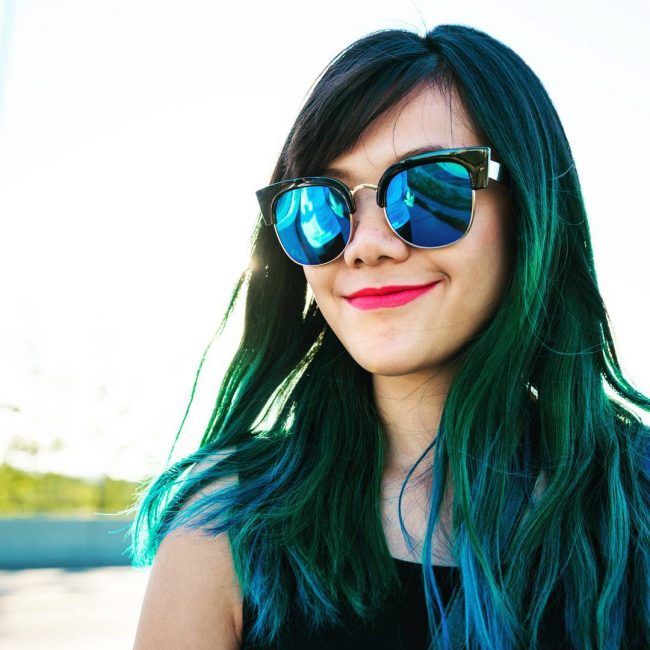 Black to Green Ombre