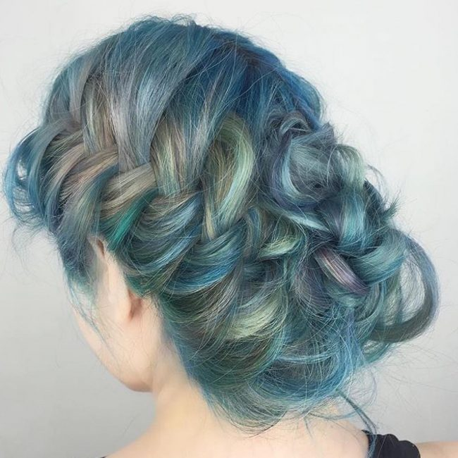Blue Green Mermaid Upstyle