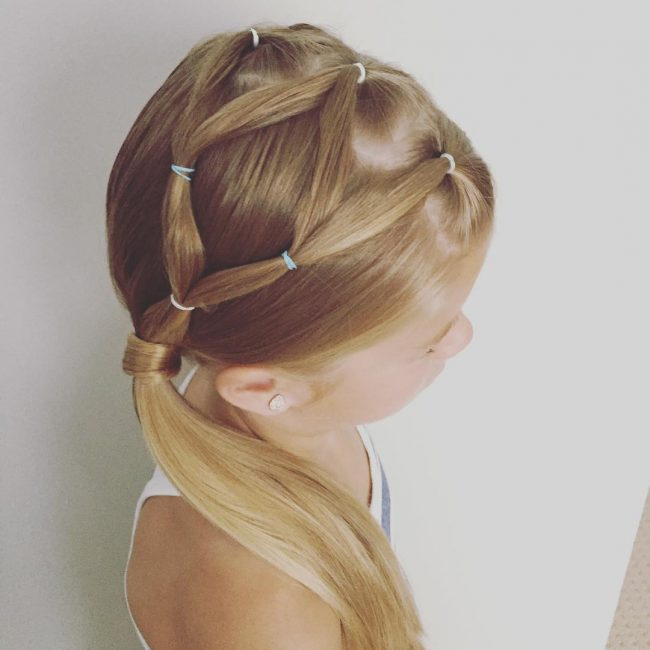 Elastic Knots into Side Pony