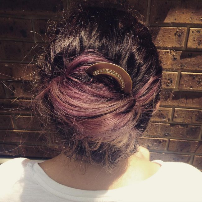 Loose Purple Bun With Fan Pin