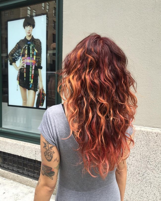 Perfectly Textured and Stacked Wavy Redhead