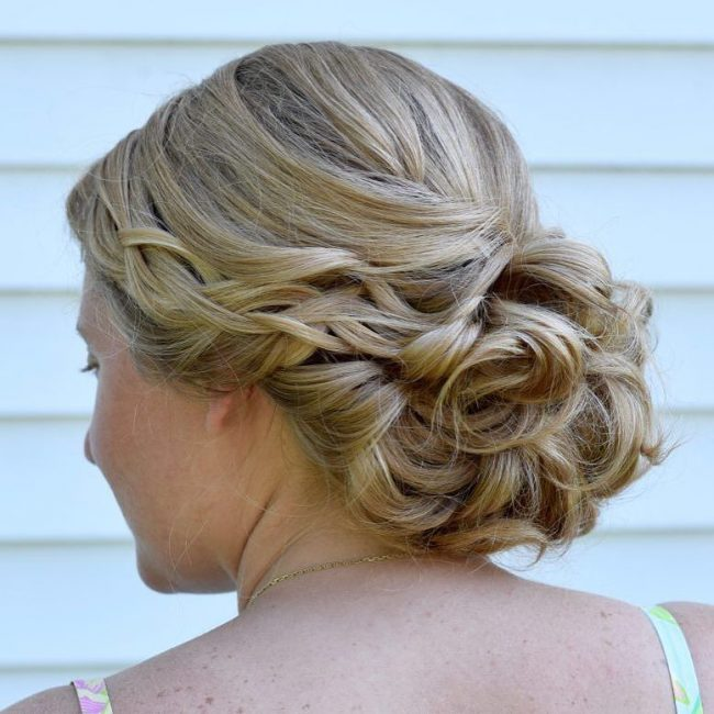 Romantic and Sweet Bridal Updo