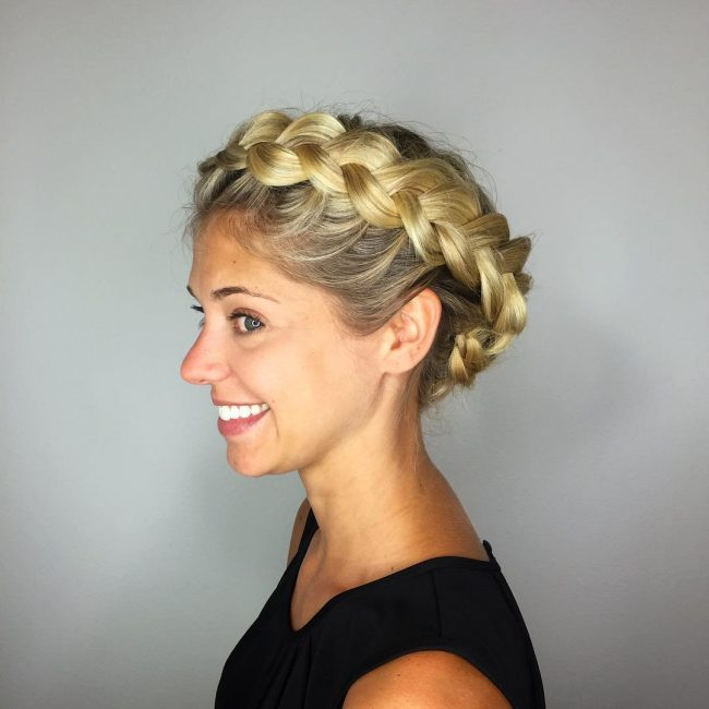 Simple Golden Blonde Crown