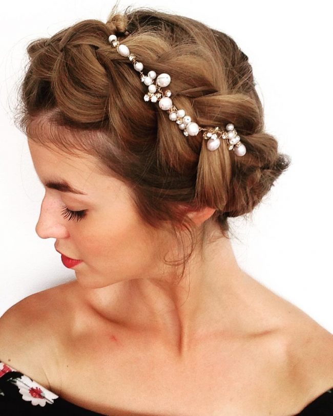 Super Cute Crown with Pearls