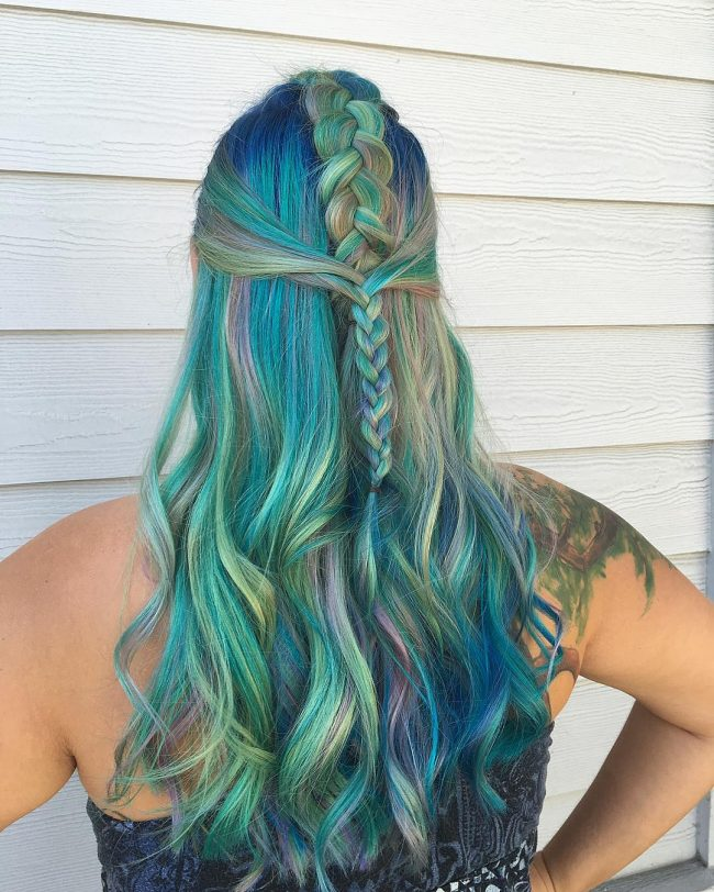 Colorful Oceanic Hair
