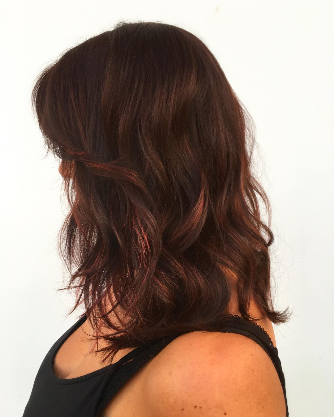 70 breathtaking red highlights styles flames in your hair 23 dark chocolate with strawberry blonde highlights nvjuhfo Choice Image