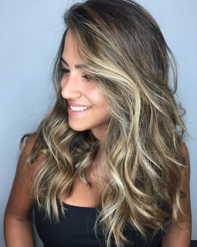 Flawless Brunette Hair with Bronde Highlights