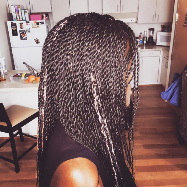 Glossy Senegalese Twists with Pink Streaks