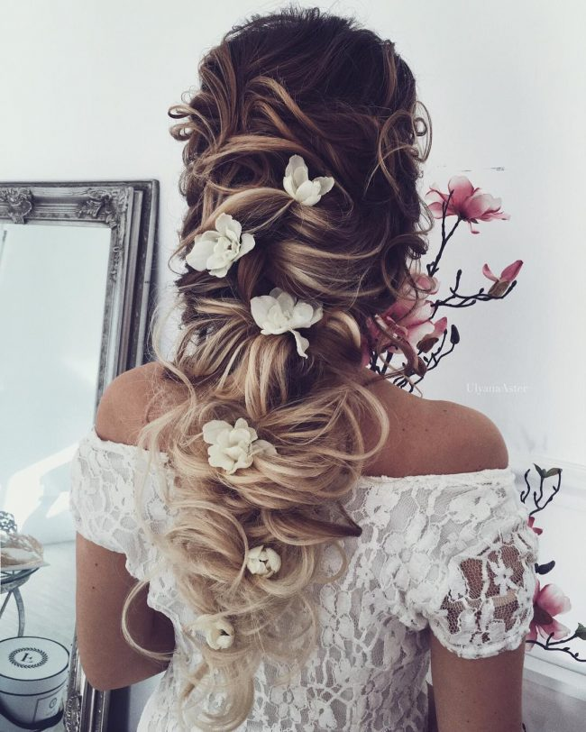 Messy and Effortless Twist with Flowers