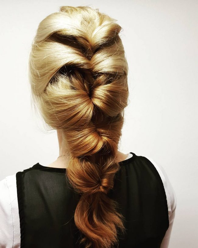 Quick and Fashionable Updo