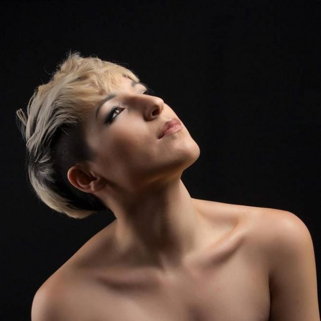 Short Blonde Locks with Dark Undercut