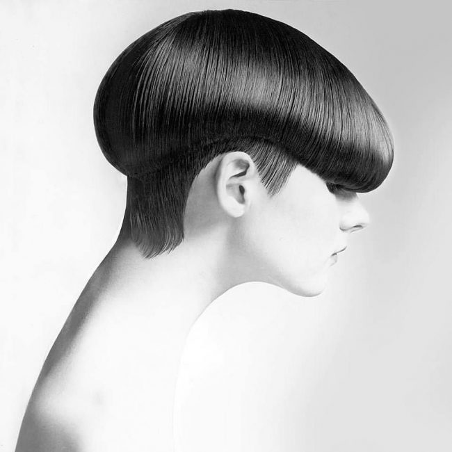Sleek Cut with Blunt Fringe