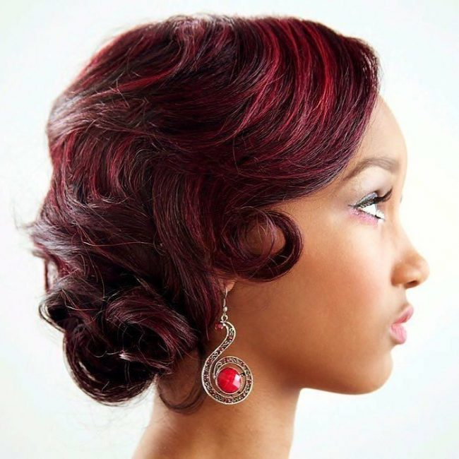 Wavy Retro Bob with Burgundy Lights