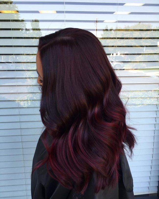 Beachy Merlot Waves