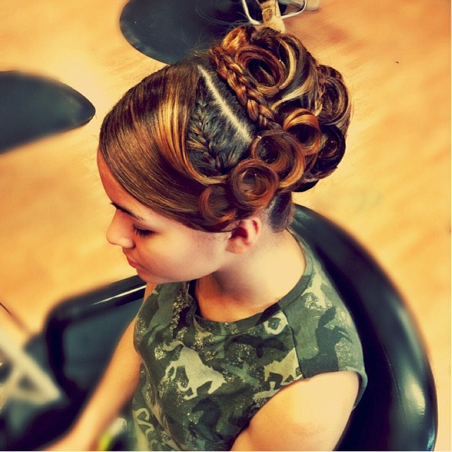 Polished Golden Pin Curls