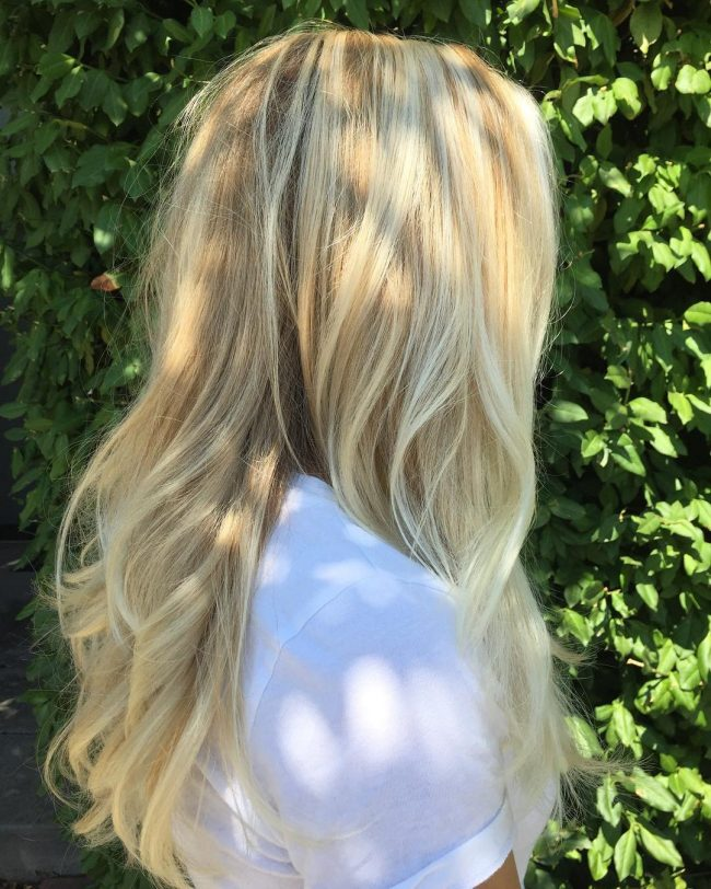 Simple Wavy Blowout