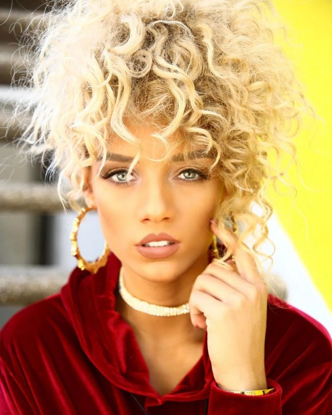 Curly Hairstyles 28