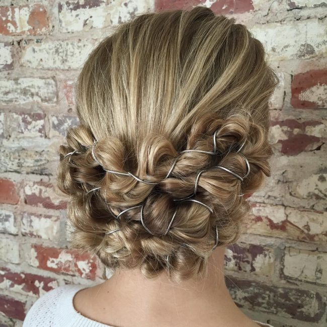 Homecoming Hairstyles 15