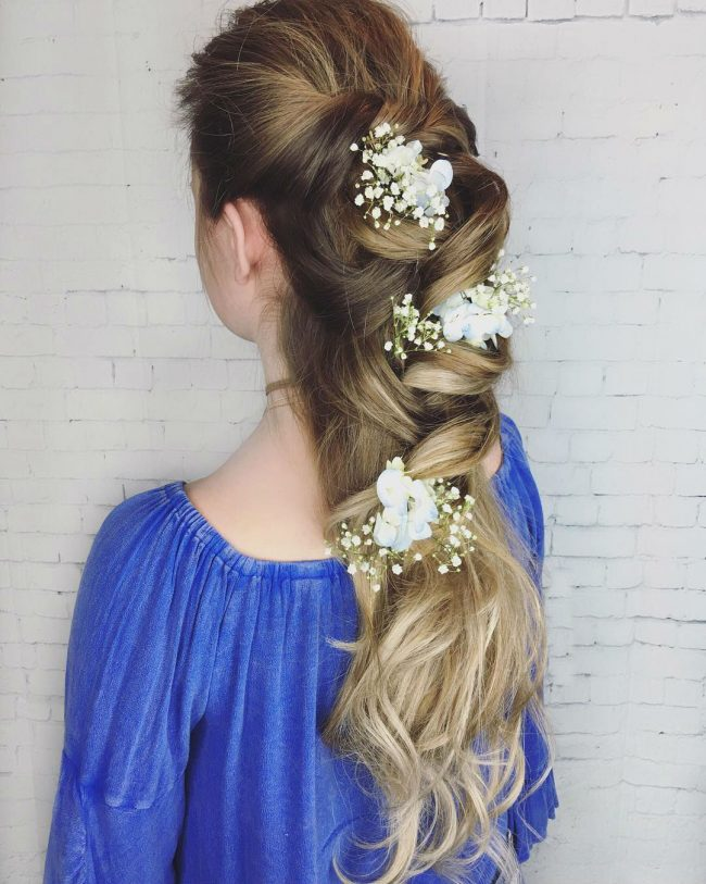 Homecoming Hairstyles 17