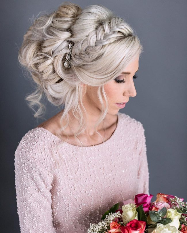Homecoming Hairstyles 22
