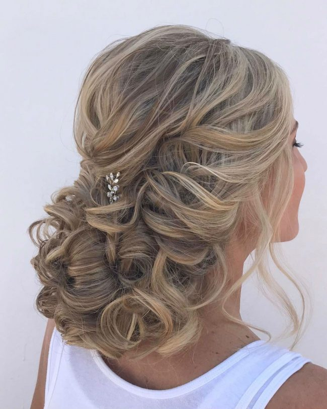 Homecoming Hairstyles 36