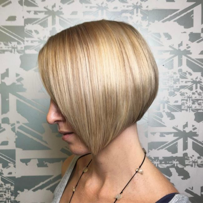 short hairstyles for thick hair 1