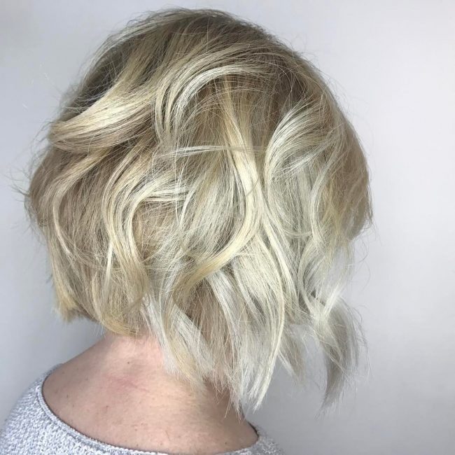 short hairstyles for thick hair 21